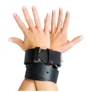 Sturdy. Tough. Sexy. The Strict Leather Bondage Strap provides countless possibilities for restraining your lover without sacrificing looks or quality. Bind ankles