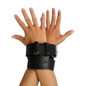 Sturdy. Tough. Sexy. The Strict Leather Bondage Strap provides countless possibilities for restraining your lover without sacrificing looks or quality. Bind wrists