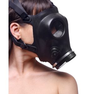 Add that extra element of kink to your breath control scene with this Israeli gas mask. Made of heavy-duty rubber