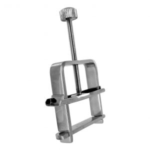 Put the squeeze on your sub with this Stainless Steel Nipple Vise. Place the opening over their nipple and tighten the adjustable clamp a little for some light pressure or a lot for a more disciplinary pinch. This diminutive device packs a lot off nipple-gripping power Measurements: 2.75 inch overall length (fully opened)