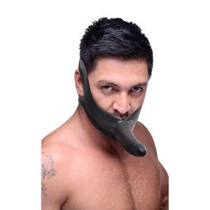 Get up close and personal with the Face Fuk from the Master Series. This stretchy