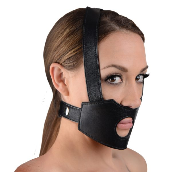 Put a deviant twist on strap-on sex with this Master Series Dildo Face Harness. The soft