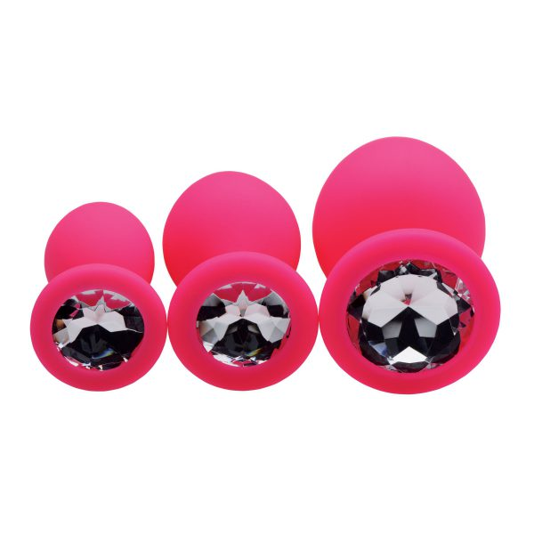 Interested in expanding your sexual horizons? These luxurious butt plugs were designed to make anal exploration comfortable