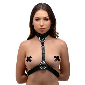 This attractive chest harness has three adjustable buckles to ensure a flattering fit on a range of female bodies. Made of a heavy-duty leather-like material with chrome hardware