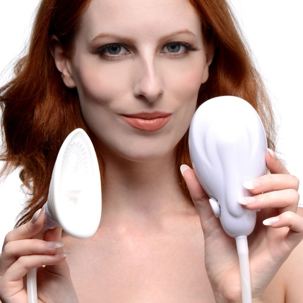 Suction your sensitive vulva into texture and vibration Place the silicone cup against your labia and clitoris and use the automatic pump to turn on the vacuum and vibration. Soft tendrils will massage your most delicate parts while a small tongue laps up your sweetness. The pressure will also draw more blood to the area