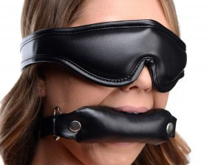 Comfortable BDSM play will keep you both coming back for more This is a great beginner bondage set with a padded blindfold and a padded bit gag that will elevate your erotic endeavors. The blindfold adds suspense