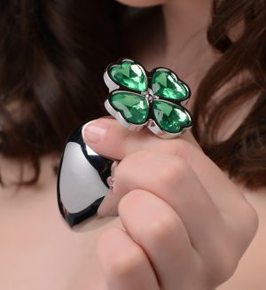 Make that booty get lucky with this medium metal anal plug with a clover jewel design at the base Pop this lucky charm in your pot-o-gold to appreciate the comfortable weight inside your body