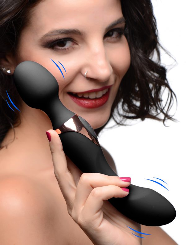 Enjoy both ends of this classy 2 in 1 silicone massage wand! This double ended vibrator comes with a classic massage head with a flexible neck on one end