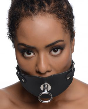 This wicked gag fully covers and stuffs the mouth of your plaything