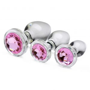 Adorn your derriere with this set of dazzling pink gems! These glassy Booty Sparks anal plugs are crystal clear and super smooth to provide a solid texture just for your backdoor. Perfect for warming up your hole for further pleasure