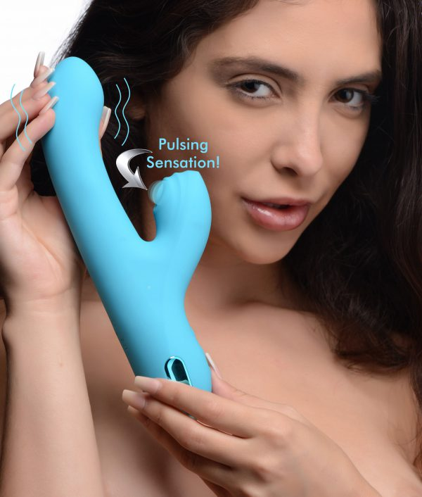 Get ready for the 5 star treatment with this premium silicone rabbit vibe! Designed for intense pleasure on both your clit and your g-spot - subtly curved to hit your sensitive spots just right
