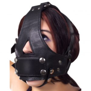 This heavy leather head harness features 2 heavy steel O-rings and 2 D-rings to which you can attach any number of accessories. The durable