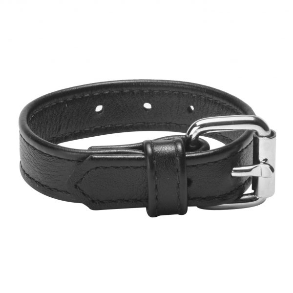 This high quality leather cock ring will make sure your cock stays harder for a longer period of time