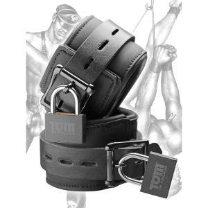 These Neoprene wrist cuffs are adjustable