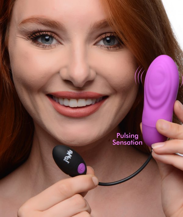 Satisfy your urges with this intense pulsing bullet! For those who crave something a little more than hum drum vibration - the powerful pulsing function taps and pleases anything you rest against