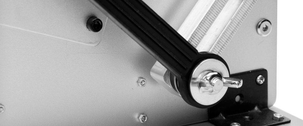 cropped-ae161-bulk-arm-detail_1000x1000-1.jpg